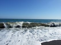 Ondas na costa Imagem de Stock