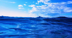 Ondas no mar Fotos de Stock