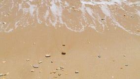 Ondas que deixam de funcionar no Sandy Beach video estoque