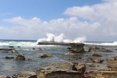 Ondas que esmagam na praia de Terrigal Imagem de Stock