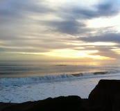 Ondas que se rompen en It& x27; playa de s, Santa Cruz foto de archivo libre de regalías