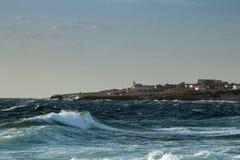 Ondas salvajes del mar Imágenes de archivo libres de regalías