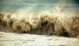 Ondas tempestuosas Fotografía de archivo libre de regalías