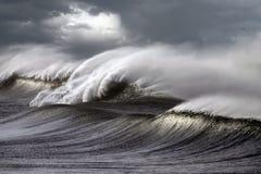 Ondas tormentosos Foto de Stock Royalty Free
