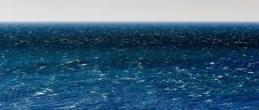 Ondas vivas do azul Imagens de Stock