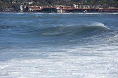 Onde costiere di alta marea che colpiscono la riva di La Jolla California Fotografie Stock Libere da Diritti