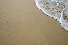 Onde de plage Photographie stock libre de droits