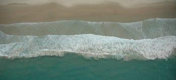 Onde di oceano - antenna Fotografie Stock Libere da Diritti