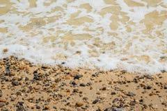 Onde di oceano sulla spiaggia Fotografia Stock