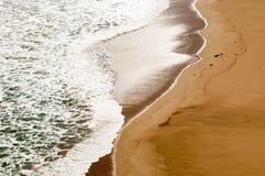 Onde di sabbia della spiaggia Fotografia Stock