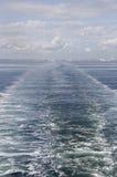 Onde dopo il traghetto Immagine Stock Libera da Diritti