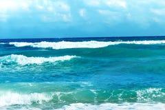 Onde sul mare tropicale Fotografia Stock