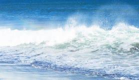 Onde sull'oceano Immagini Stock