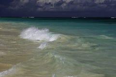 Onde sur la mer Photo stock