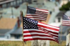 Ondeggiamento della bandiera americana Immagine Stock