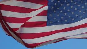Ondeggiamento della bandiera americana stock footage