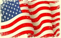 Ondeggiamento Grungy della bandiera americana Fotografie Stock