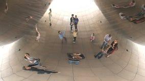 Onder de Boon bij Millenniumpark, Chicago stock footage