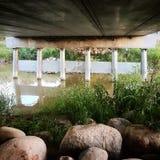 Onder de brug Royalty-vrije Stock Afbeeldingen