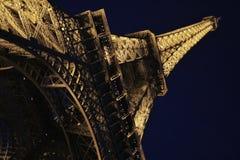 Onder de toren stock afbeeldingen