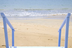 Onderaan aan het strand Stock Afbeeldingen