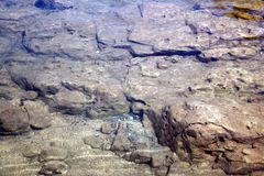 Ondergedompelde rotsen Stock Afbeeldingen