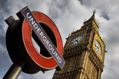 Ondergronds en de Big Ben in Londen Royalty-vrije Stock Afbeelding
