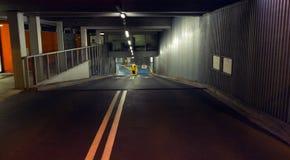 Ondergrondse garage stock foto's
