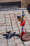 Ondergrondse hydrant met standpijp stock afbeelding