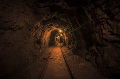 Ondergrondse mijnpassage Royalty-vrije Stock Foto's