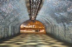 Ondergrondse Tunnel Royalty-vrije Stock Afbeeldingen
