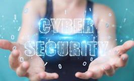Onderneemster die cyber het hologram van de veiligheidstekst het 3D teruggeven gebruiken Royalty-vrije Stock Afbeelding