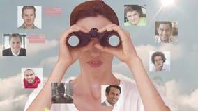 Onderneemster die naar nieuwe werknemers zoeken stock videobeelden