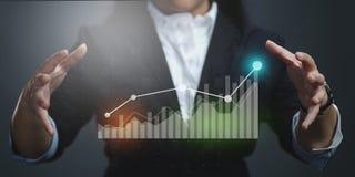 Onderneemster Financieel Showing Growing Statistic stock foto