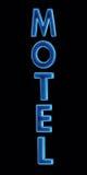 Onderteken de Blauwe geïsoleerde close-up van het Motel van het Neon nacht royalty-vrije stock foto's