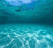Onderwaterschot van de overzeese zandige bodem royalty-vrije stock fotografie