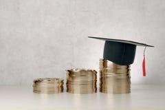 Onderwijs en de financiële groei Stock Afbeeldingen
