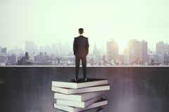 Onderwijs en succesconcept royalty-vrije stock foto