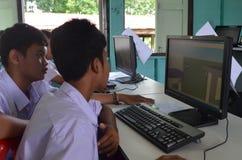 Onderwijs in het Klaslokaal Stock Foto