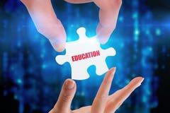 Onderwijs tegen digitaal geproduceerde zwarte en blauwe matrijs Stock Afbeelding