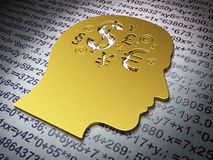 Onderwijsconcept: Gouden Hoofd met Financiënsymbool op Onderwijsachtergrond Royalty-vrije Stock Fotografie