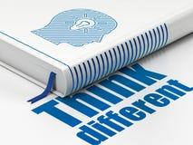 Onderwijsconcept: het boekhoofd met Gloeilamp, denkt Verschillend op witte achtergrond Royalty-vrije Stock Afbeelding