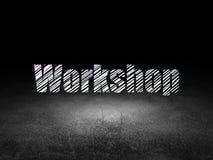 Onderwijsconcept: Workshop in grunge donkere ruimte Royalty-vrije Stock Fotografie