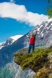 Onderzoek de bergen Stock Afbeelding