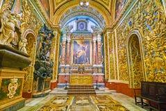 Onderzoek de kapels van St John Co-Kathedraal, Valletta, Malta stock afbeeldingen
