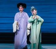 """Onderzoek over nieuws-Kunqu Opera""""Madame Witte Snake† van de minnaar Royalty-vrije Stock Fotografie"""