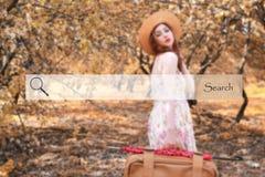 Onderzoeksbar op de achtergrond vage foto van een meisje met leathe Royalty-vrije Stock Foto