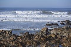 Ondes chez l'Océan Atlantique Photo stock