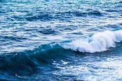 Ondes de la mer images libres de droits