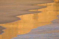 ondes de plage Photographie stock